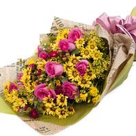 [플라워포유] 소국 & 핑크로즈 (RM_RBC1016) [꽃다발/결혼기념일/크리스마스/프로포즈/화이트데이/발렌타인데이]